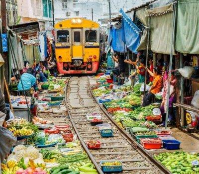 train_market